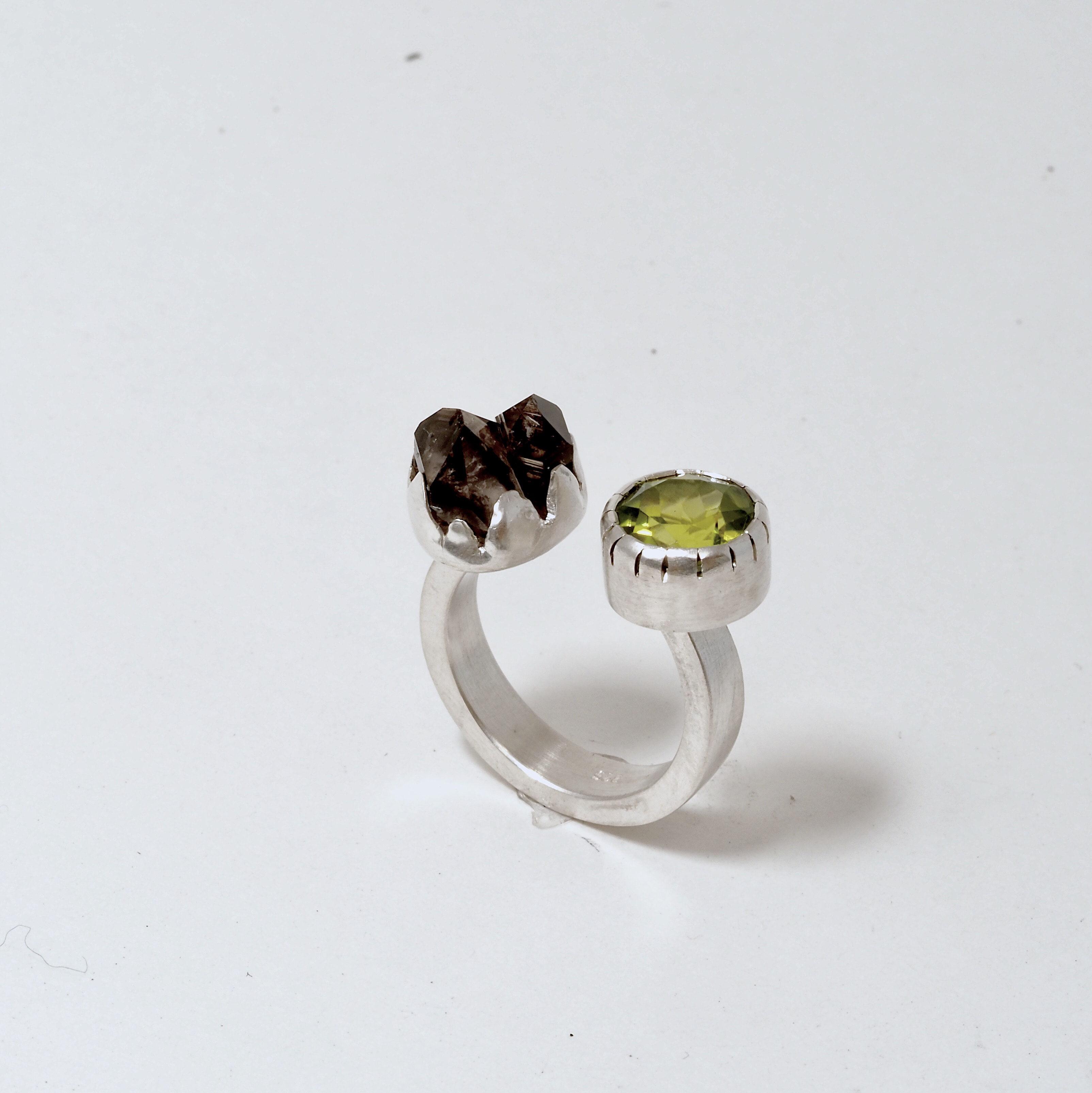 Quartz & Peridot Ring